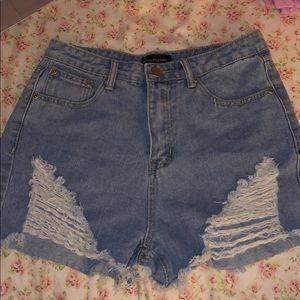 Pretty Little Thing Jean shorts